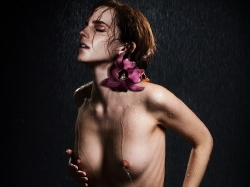 emma-watson-nude-elle-magazine-cover-naked-spread-legs-photo-shoot-uhq